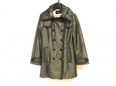 リツコシラハマのコート