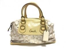 COACH(コーチ)のアシュレイシグネチャーサテンサッチェル2WAYミニボストンバッグのハンドバッグ