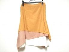 セドリック シャルリエのスカート
