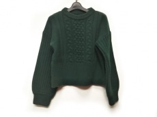 グリードのセーター