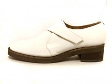 L'EQUIPE YOSHIE INABA(レキップ ヨシエイナバ)の靴