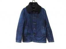 ブルーブルーのコート