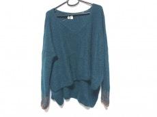 マメのセーター