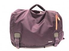 インケースのハンドバッグ