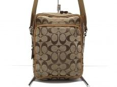COACH(コーチ)のシグネチャーインターナショナルショルダーバッグのショルダーバッグ