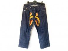 ベイプのジーンズ