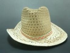 ベッツィージョンソンの帽子