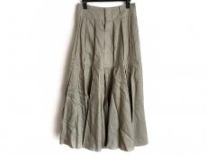 イントゥーカのスカート