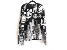 ジョイリッチのセーター