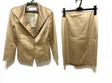 フラジールのスカートスーツ