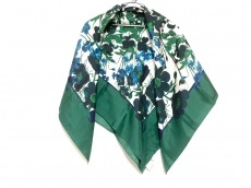 マメのスカーフ
