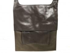 センソユニコのショルダーバッグ