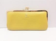 フォルナの長財布