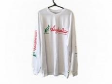 ジーシーディーエスのTシャツ