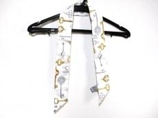 ティファニーのスカーフ