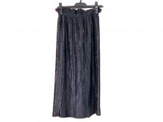 タロウホリウチのスカート