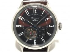 ムーブメントインモーションの腕時計