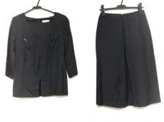 セリーヌのスカートセットアップ