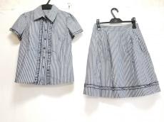 リッチミーニューヨークのスカートセットアップ