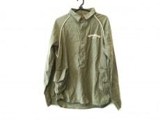 アレキサンダーリーチャンのシャツ