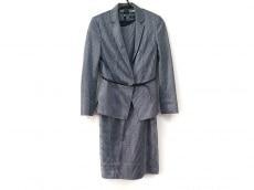 ベラルディのワンピーススーツ