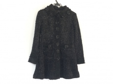ノコプリーツのコート