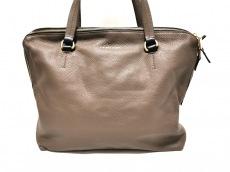 リビアナコンティのショルダーバッグ