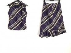 クロエのスカートセットアップ