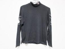 ミエコウエサコのTシャツ