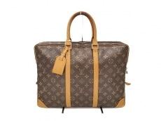LOUIS VUITTON(ルイヴィトン)のポルト ドキュマン・ヴォワヤージュのビジネスバッグ