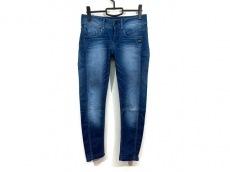ジースターのジーンズ