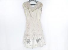 シークレットハニーのドレス