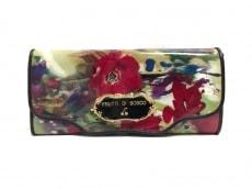 フルッティ ディ ボスコの長財布