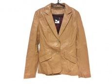 ジャストカヴァリのコート