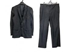 ブラックバレットバイニールバレットのレディースパンツスーツ