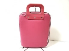 ボンバータのハンドバッグ