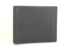カミーユフォルネの2つ折り財布