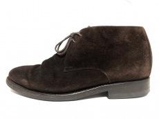 ジャランスリワヤのブーツ