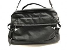 ポルシェデザインのボストンバッグ