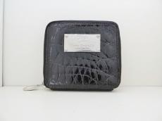 コッコクリスターロの2つ折り財布