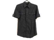 エヌハリウッドのシャツ