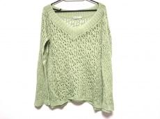 イム/センソユニコのセーター