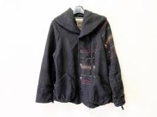 イム/センソユニコのコート