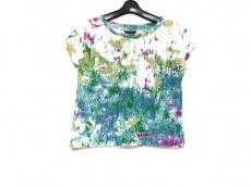 ユキトリイのTシャツ