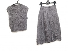 ケイコキシのスカートセットアップ