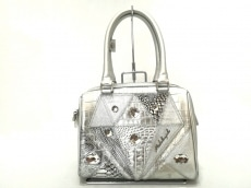 ミケランジェロのハンドバッグ