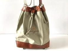 VALENTINOGARAVANI(バレンチノガラバーニ)のバッグ