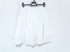 アライアのスカート