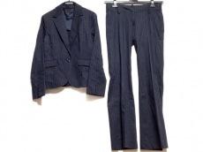 プロフィールのレディースパンツスーツ