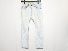バックボーンのジーンズ